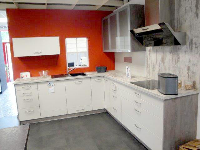 bl m s k che aktiv freiburg sonderverkauf. Black Bedroom Furniture Sets. Home Design Ideas